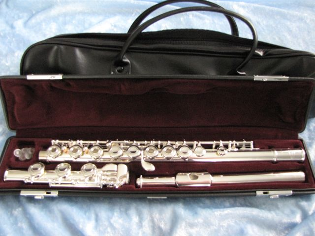 Vito Open Hole Flute with B foot  Made in Japan
